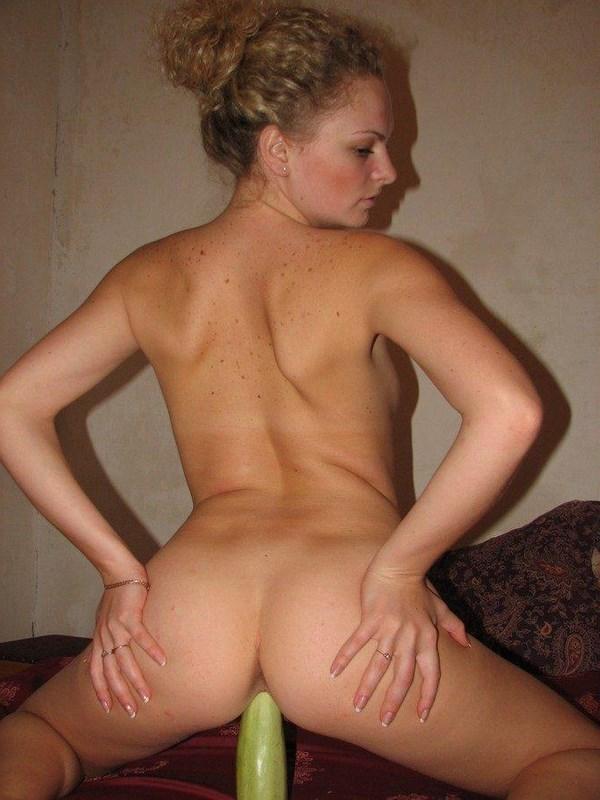 Sexcam en ligne avec meuf craquante aux fesses sexy